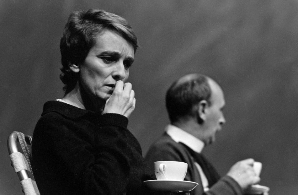 Hilary Norris and Barry Dorking in the 1989 production Woman in Mind. Photo: Gerard O'Brien