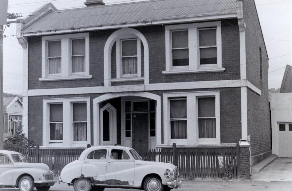 The building at the intersection of Frederick and Clarendon Sts in 1973. Photo: Dunedin City...