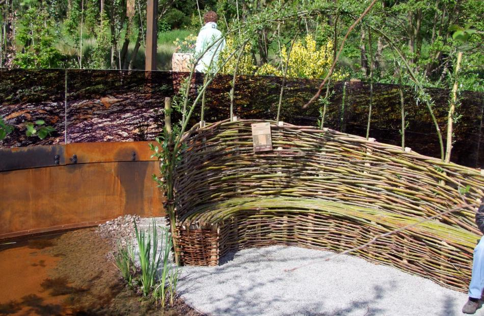 An outdoor willow seat whose growing branches will eventually form a canopy. Photos: Gillian Vine