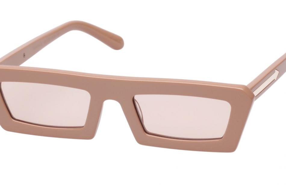 Karen Walker Shipwrecks in caramel