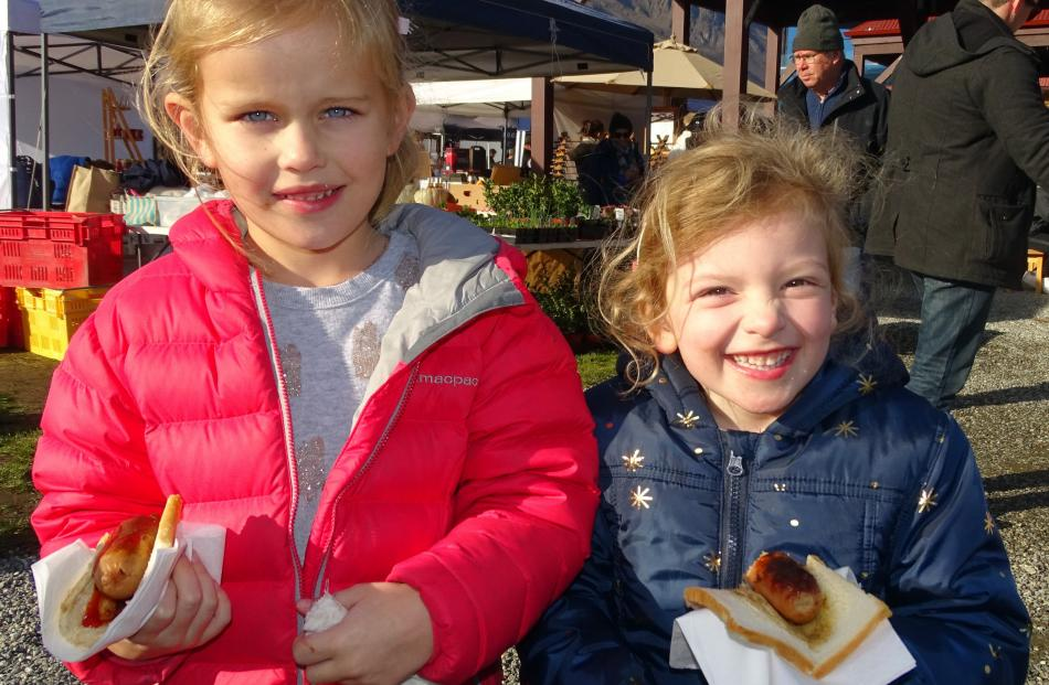 Lulu Pringle (6), of Christchurch, and Bella Franklin (5), of Auckland.