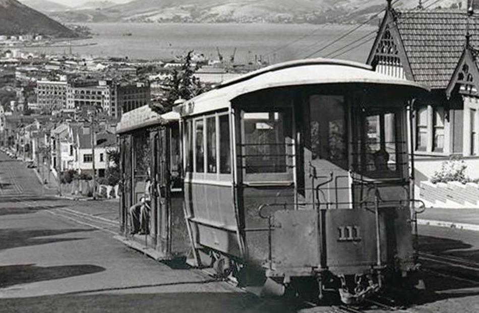 The High St cable car in operation during the 1950s. Photo: Graham Stewart