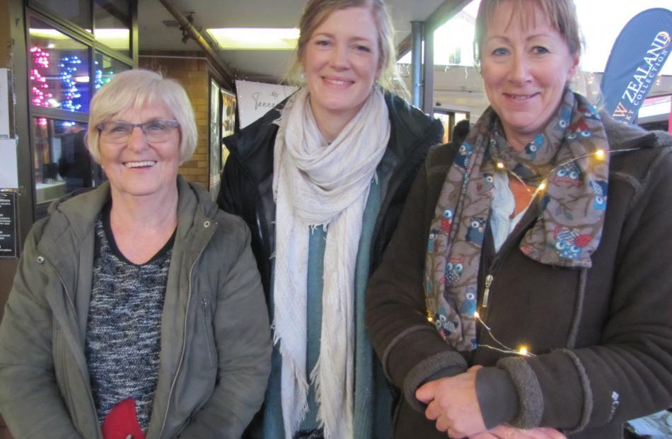 Irene Falleni, Carolyn Murray and Jill Herron, all of Cromwell.