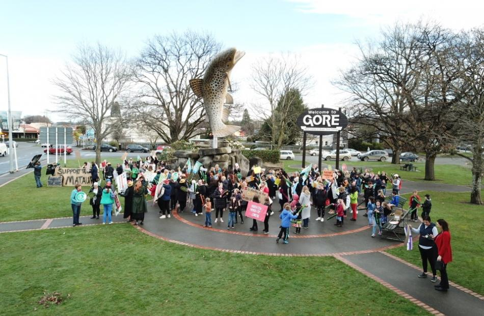 About 200 people gathered at the Gore trout to show their support for teachers and principals....