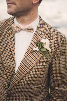Mens' wedding suits and formal attire is available from Omen Suit Hire in Queenstown.