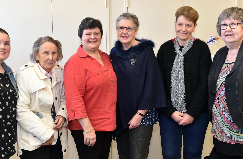 Emma Gunn, Margaret Wright, Bronwyn Ramsay,  Maryjane Jarvis, Helen Neill and Glenis Whipp, all of Dunedin.
