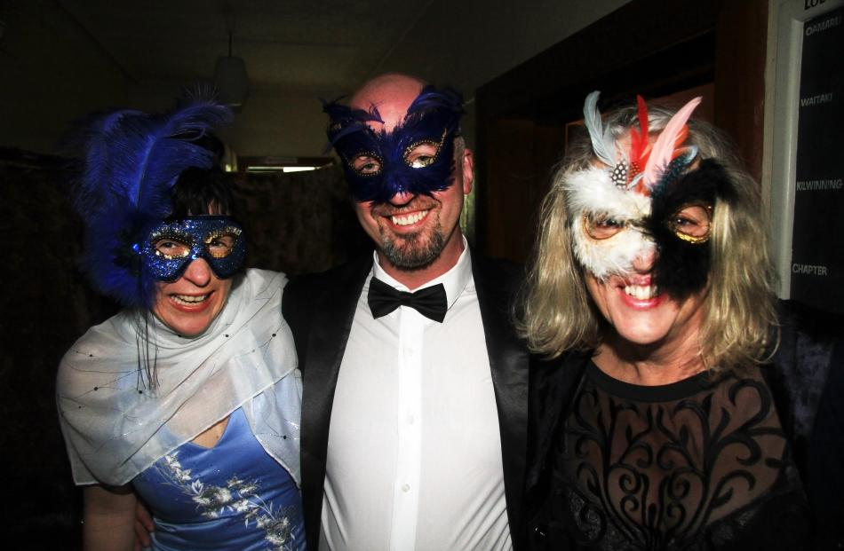 Lesley Clare, of Oamaru, Lorne Jenks, of Dunedin, and Sally Hosie, of Oamaru.