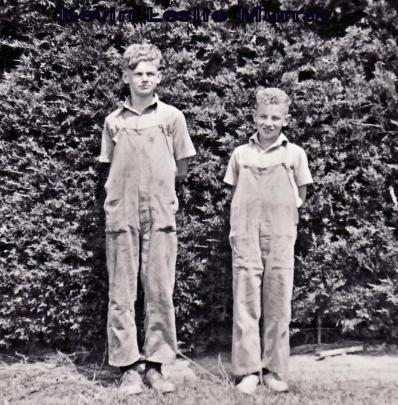 Kevin on the left with half-brother Leslie.
