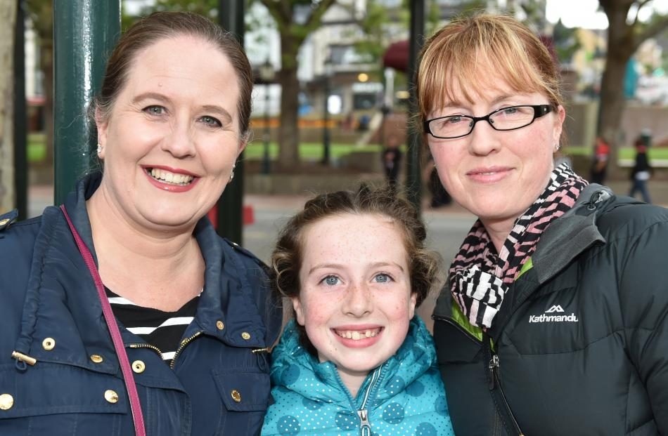 Ruth Kennedy, Evie (10) and Andrea Beattie, all of Dunedin.