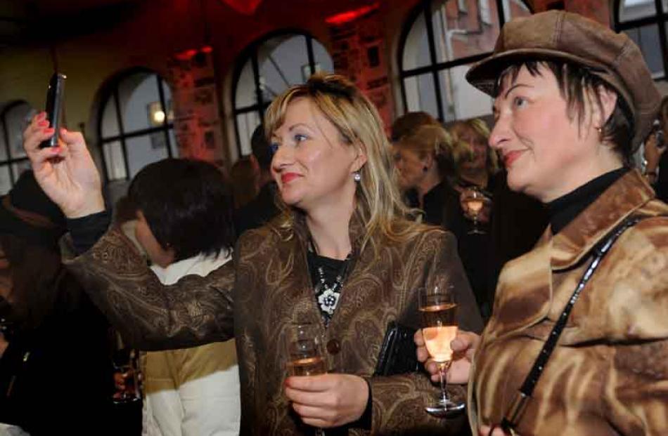 Irina Schreiber and Tamara Jansen, both of Dunedin. Photo by Peter McIntosh.