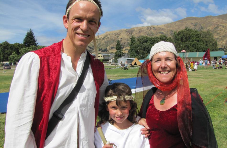 Simone Petrich and Jonathan Cweorth, both of Dunedin.