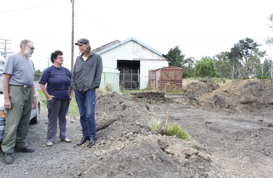 John Eaves, Alanna Barrett and Mark Bailey discuss what will happen to the Ohai Railway Board...