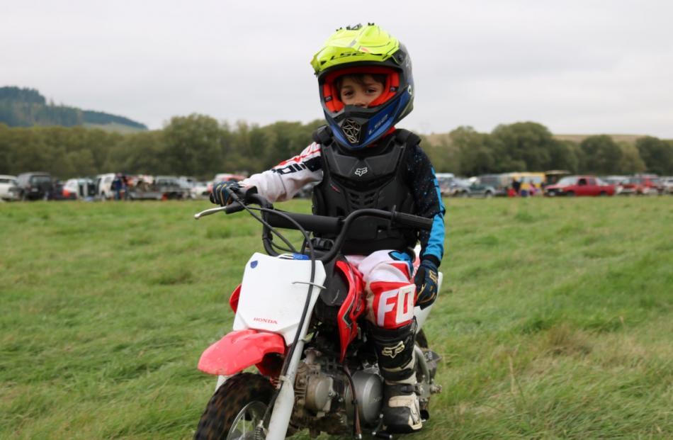 Reynaldo Marasigan(6)首次骑行。