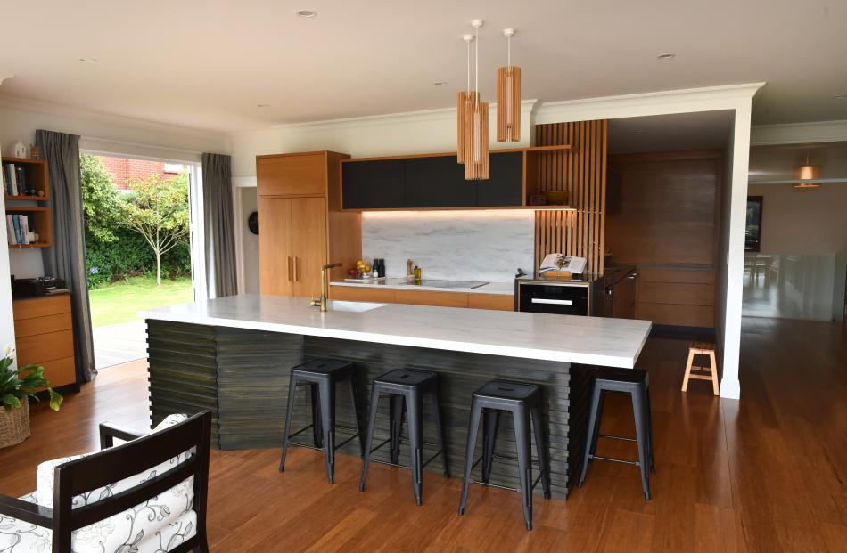 Designed by Hayley Shaw from Melanie Craig Design, the kitchen has solid American oak joinery....