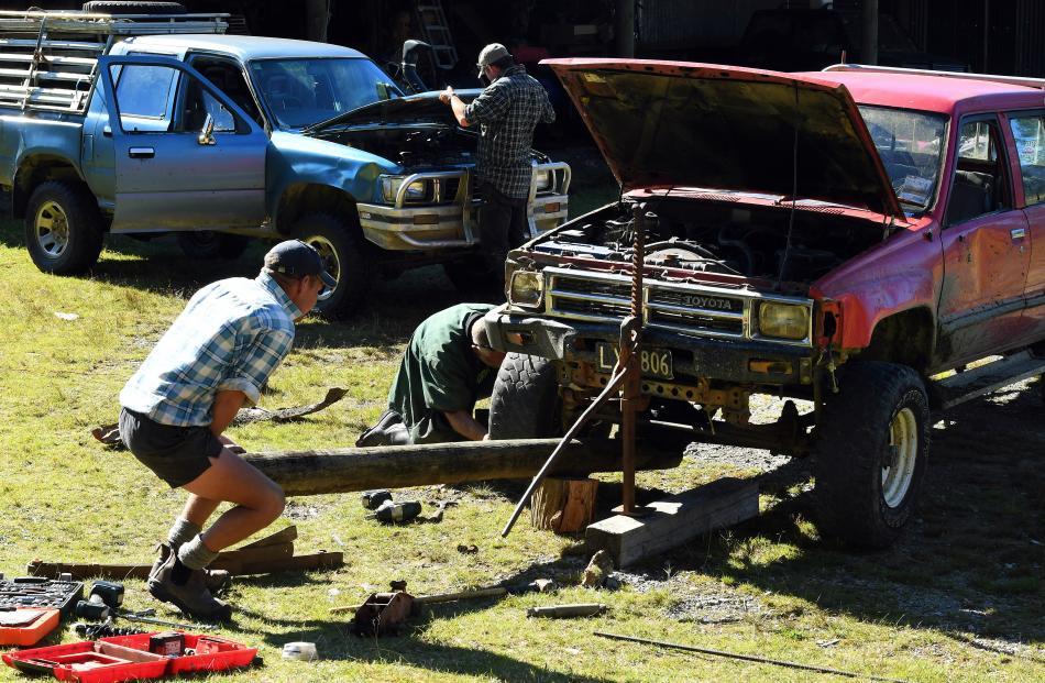 Running repairs being done by Justin Maclean, Oz Macdonald and Robert Nolan.