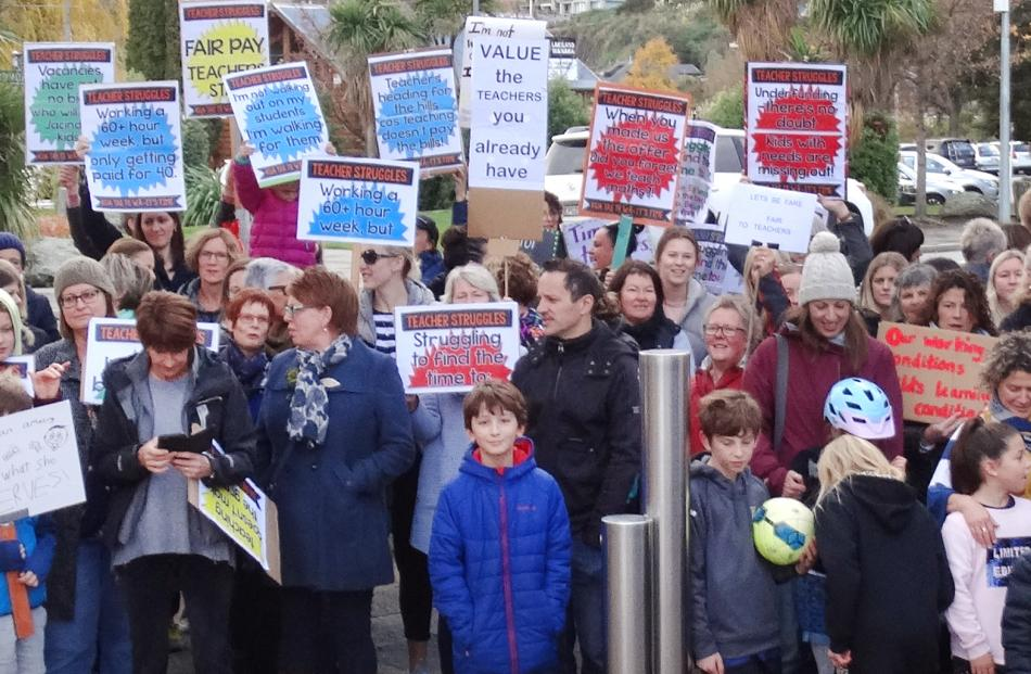 Wanaka: About 100 teachers gathered on the corner of Ardmore and Helwick Sts in Wanaka. Photo: Kerrie Waterworth