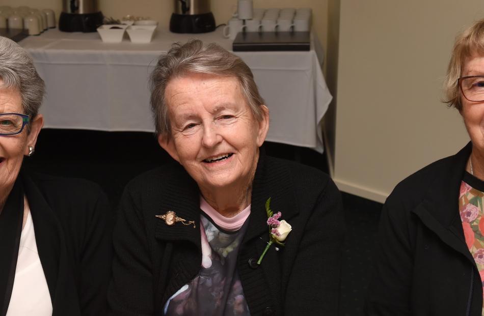 Dorothy Cotton, Coral Paris and Glenda Simpson, all of Dunedin.