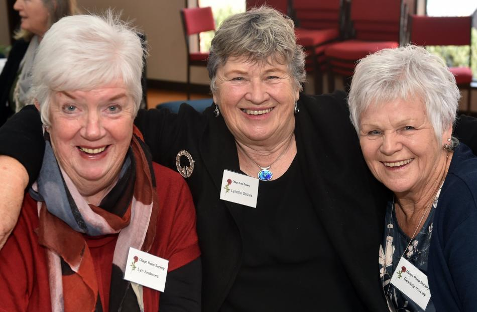 Lyn Andrew, Lynette Scoles and Beverley McLay.