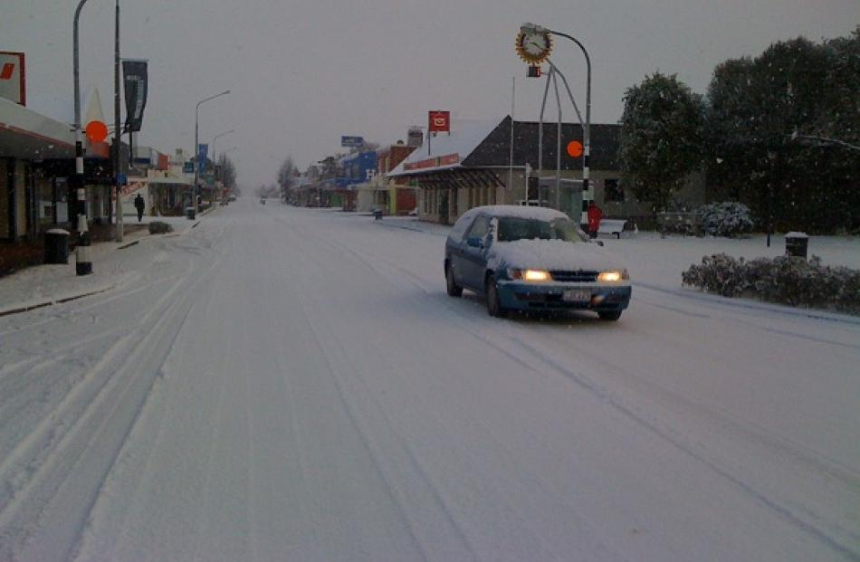 Traffic was light on Mosgiel's Gordon Rd this morning. Photo Craig Baxter