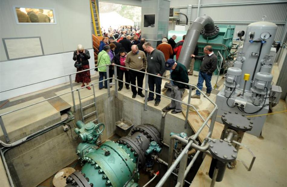 After the official opening, visitors took the chance to have a look through the power station.