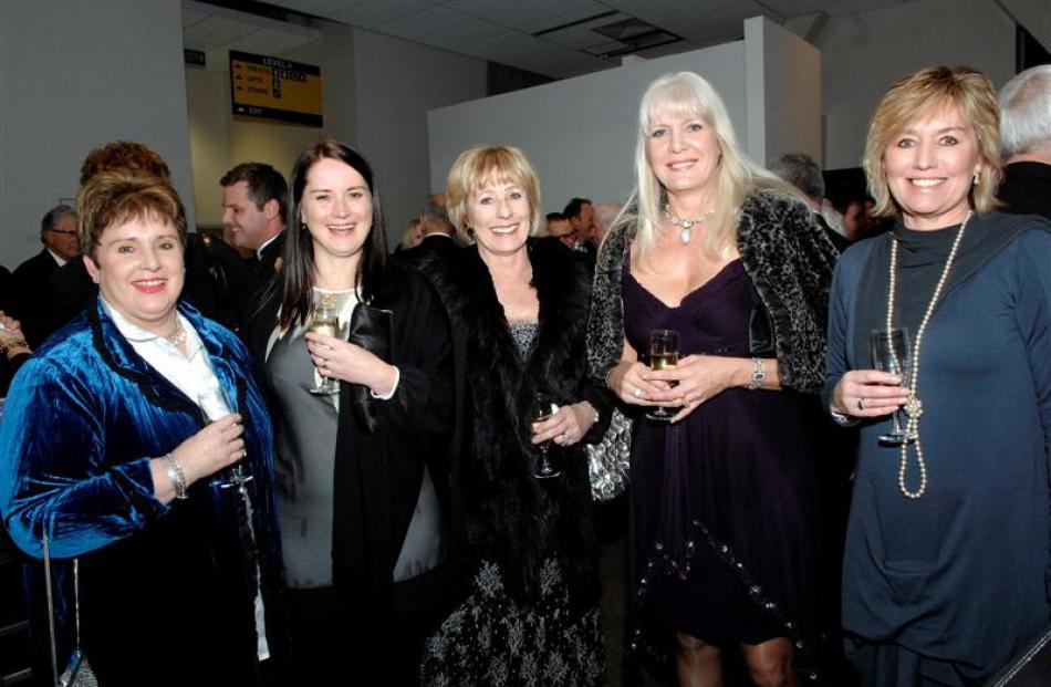 Sue Hutchison, her sister Rachel McLauchlan, Bev Coburn, Annemarie Mains and Suzie Brocklebank.