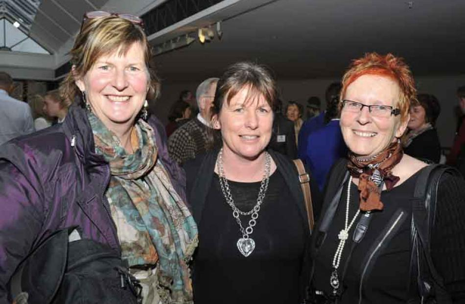 Sonia Callaghan, of Fairlie, Jan Meikle and Lynlee Smith, both from Waitaki.