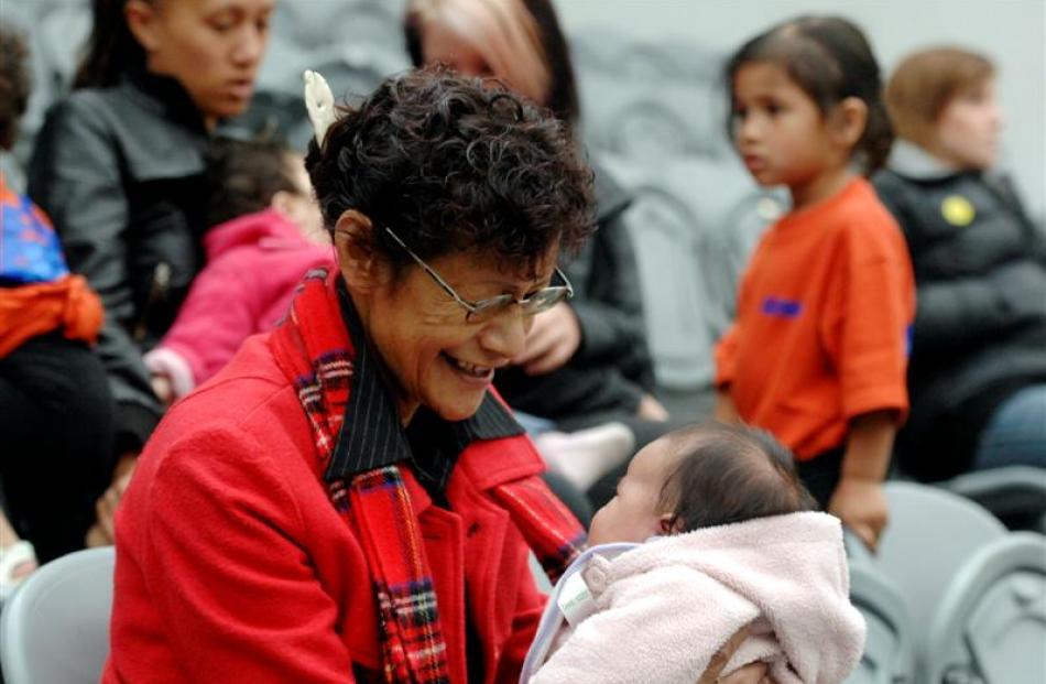 Luckie Herewini with Amaiyah Tanuvasa (2 months).