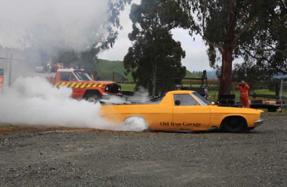 Burnout Exhibition by Chris Daley in his Syco ute. Chris and his navigator Nicole head off to...