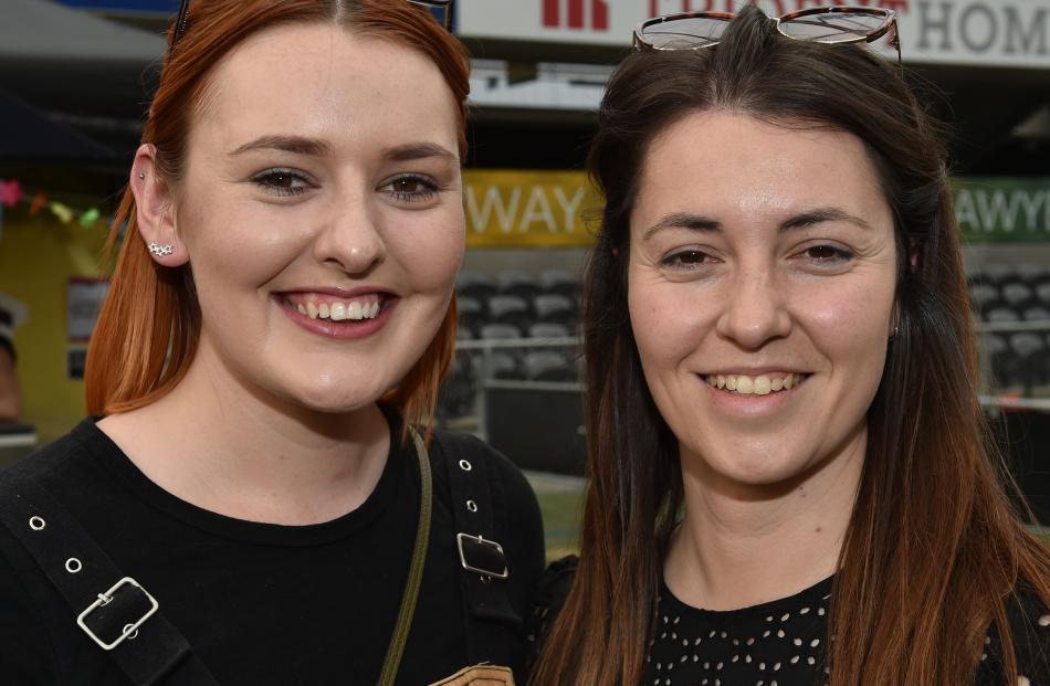 Emma Gray, of Dunedin, and Luisa Zigliani, of Wellington.