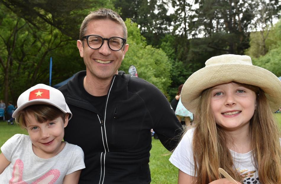 Ida (6), James and Eloise (8) Beattie, of Dunedin.