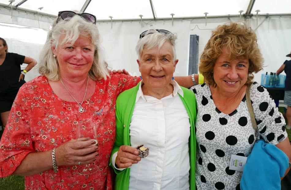 Jenette Boyd and Jan Tomes, both of Queenstown, and Kaye Eden, of Arrowtown.