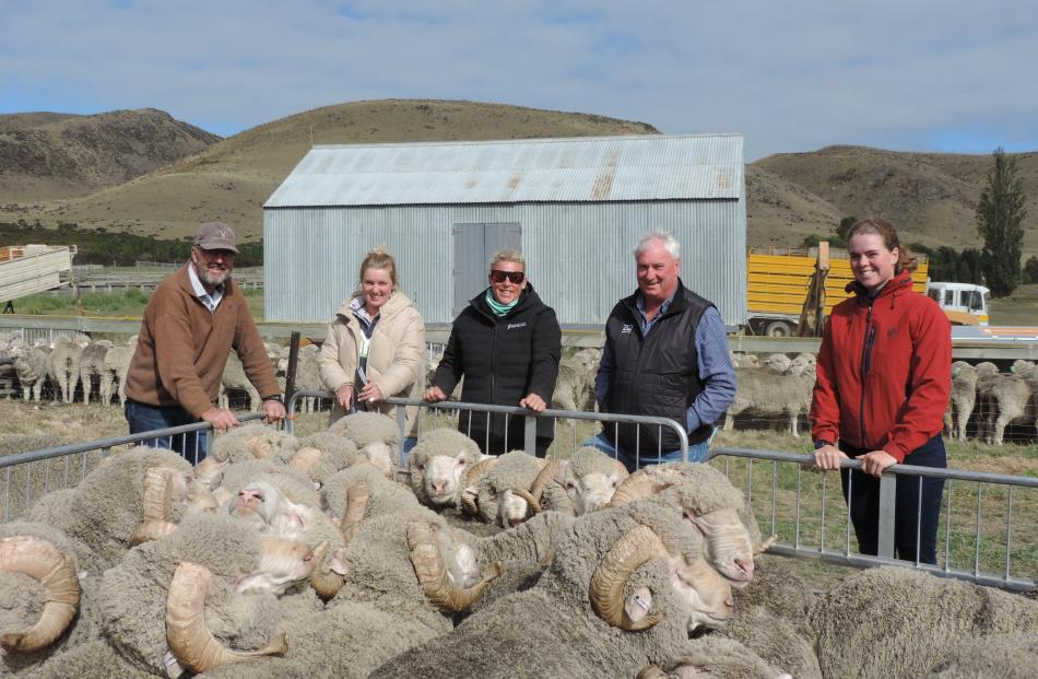 Checking out the Otematata Station rams are (from left) Stephen and Alice Satterthwaite from Muller Station, Awatere, Nic Blanchard and Mike Hargadon from New Zealand Merino, and Matilda Scott from Tasmania, who travelled to New Zealand for the Merino Exc