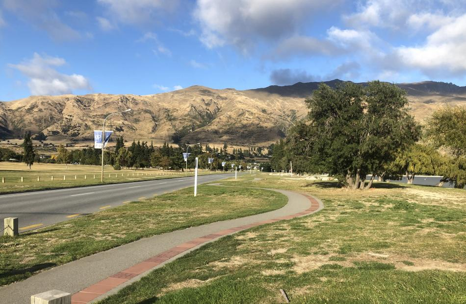 Under blue skies and in a blue moon, it has been many a year since the lakefront of Wanaka has...