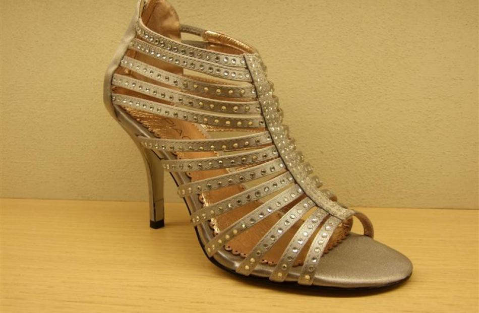 Apex sandal at Mi Piaci