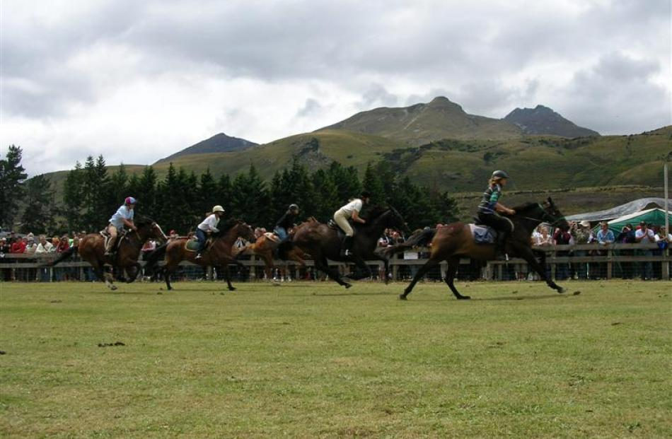 Riders compete for the honours in the ladies race at the Glenorchy Races in 2006.