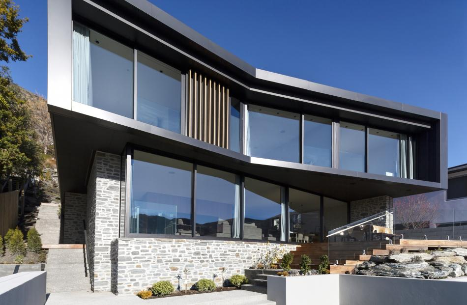 Willow House in Queenstown by AQA Alessandro Quadrelli Architetto.