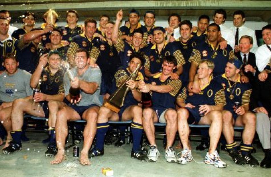 The victorious Otago team celebrates winning the NPC title in 1998.