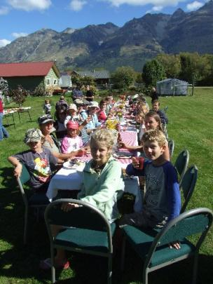 About 60 Glenorchy residents gathered at the Glenorchy reserve yesterday afternoon to enjoy a ...