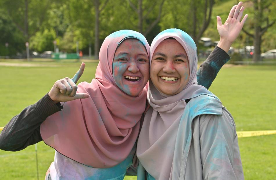 Aqilah Pauzi (left) and Jasmin Ramli enjoyed the event.