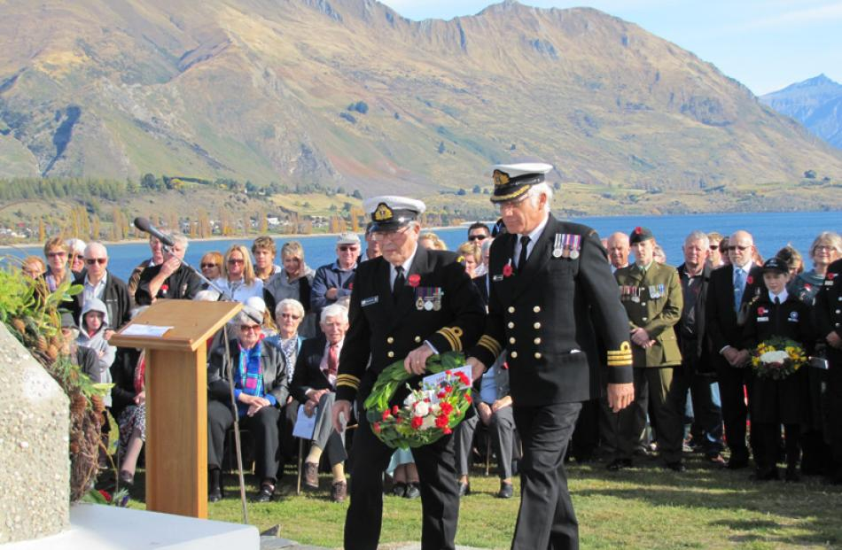 Lieutenant-Commander Bruce Walker of the Royal New Zealand Naval Volunteer Reserve, Dunedin (left...