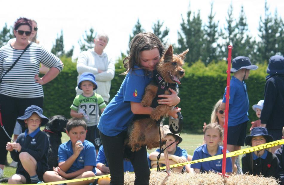 Charlotte Marshall gives Max a helping hand. PHOTOS: TONI  WILLIAMS