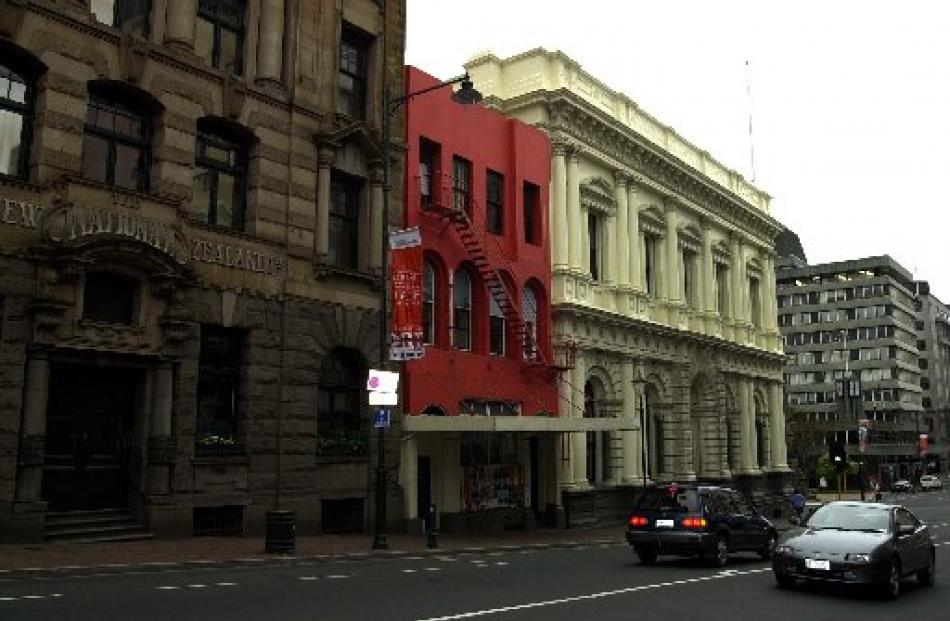 The old Canton building on Princes St in 2003.