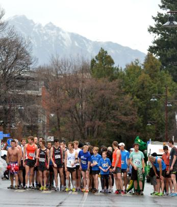 The start of the Frontrunner Golden Mile around the streets of Queenstown.