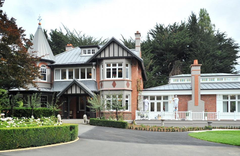 Islington, built in 1912, and the conservatory-style extension, which is now the heart of the...