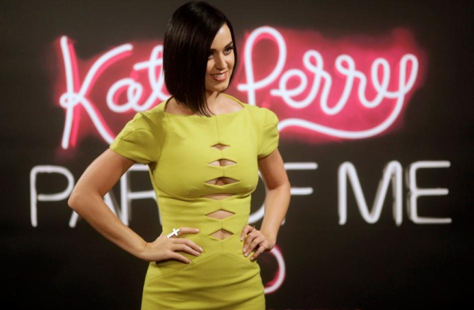 Katy Perry poses during a photocall before the premiere of 'Katy Perry: Part of Me' in Rio de...