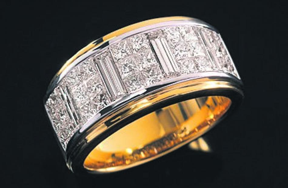 Lester ring from Brent Weatherall Jeweller.