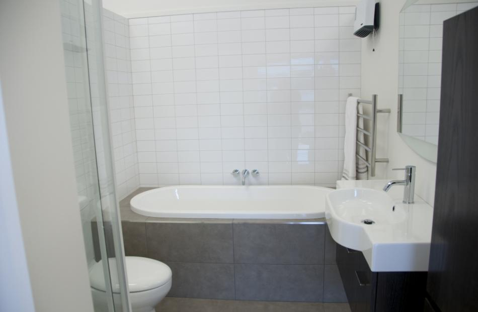 Nice Rent A Bathroom Perth Tiny Bathroom Shower Ideas Small Regular Finland Steam Baths Quincy Eclectic Small Bathroom Design Young Modern Bathrooms South Africa YellowPictures Of Gray And White Bathroom Ideas Oakleys Bathroom Centre Shares Three Big Tips To Avoid Making A ..