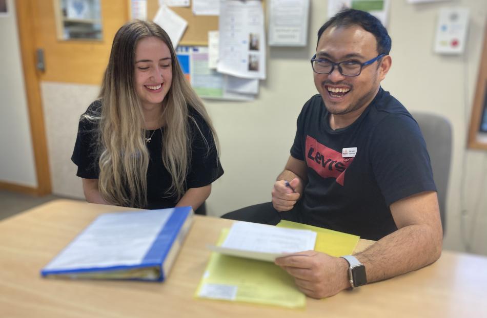 Community Care Coordinator for South Otago, Marc Sescon, mentors a nursing student.