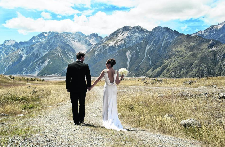 Kevin and Jess Bialy, who were married at Mt Cook. 