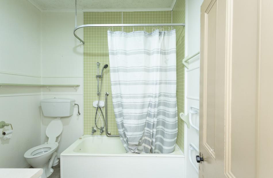 The original bathroom. PHOTO: GEORGIE DANIELL PHOTOGRAPHY